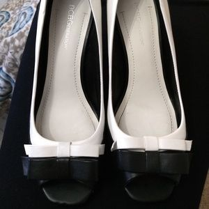 BCBG Black and White Pumps with Bows - Size 9
